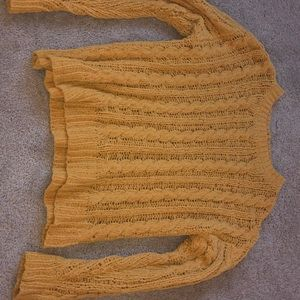 soft yellow american eagle sweater